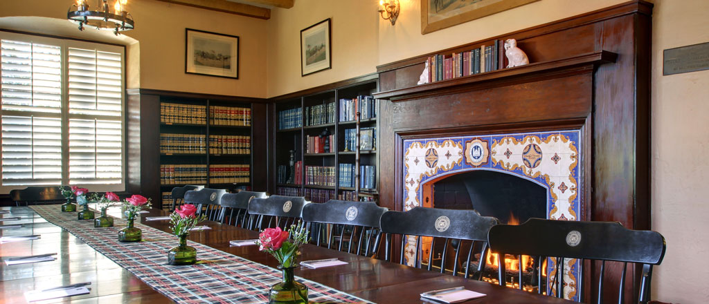 Library | Riviera Mansion Wedding