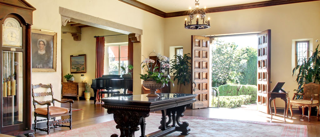Grand Entry | Riviera Mansion Wedding